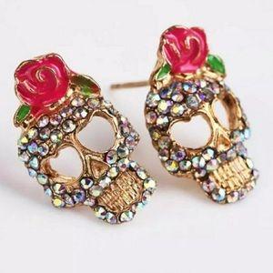 Jewelry - 💀🔥 Skull rhinestone earrings